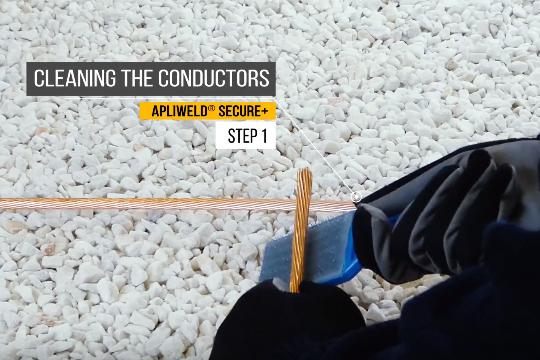 Exothermic Welding procedure step 1