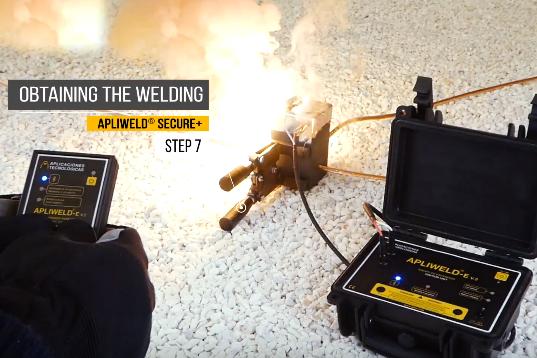 Apliweld Exothermic Welding Operating Procedure Step 7